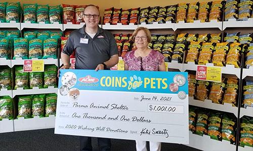 Acme Fresh Market Donates $1,001 to Parma Animal Shelter